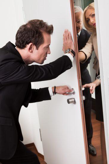 Как получить доступ в квартиру?