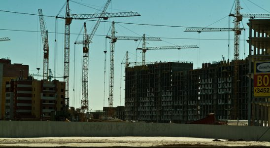 Панельные многоэтажки