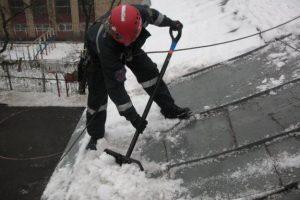 Очистка кровель в Ульяновска