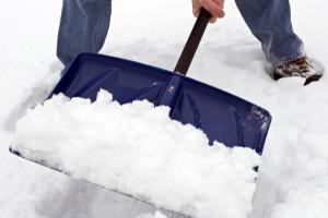 В Ульяновске проводят комплексные мероприятия по уборке снега и наледи