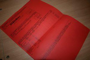 В Саратове должники за ЖКУ получат ярко-красные платежки