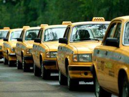В Москве одобрили желтый цвет для всех столичных такси