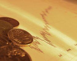 Фонд ЖКХ приостановил финансирование большинства регионов России