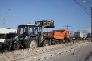 В ночь с 1 на 2 декабря на дорогах Ульяновска работало 49 единиц спецтехники