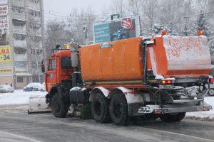 Улицы Ульяновска очищаются от снега