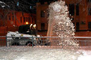 В Ульяновске за минувшие сутки производился вывоз снега из Ленинского и Заволжского районов