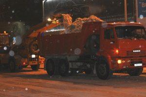 На дорогах Ульяновска активизирована очистка ливнёвых колодцев