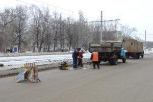 На дорогах Ульяновска ведётся ямочный ремонт с применением холодного асфальтобетона
