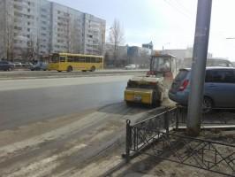 13 апреля во всех районах города Ульяновска ведётся ямочный ремонт дорог