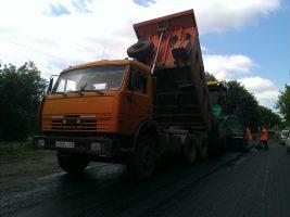 На магистралях Ульяновска продолжается обновление дорожного полотна