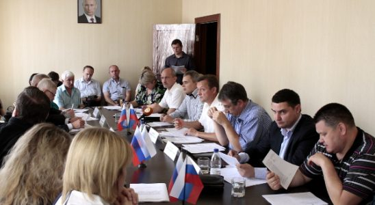 Совещание комитета по ЖКХ и энергетике областного парламента