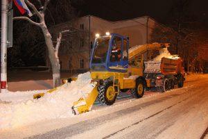 Вывоз снега с Ульяновска производится в ежедневном режиме