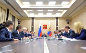 Михаил Мень доложил Президенту Владимиру Путину о реализации программы субсидирования ипотеки