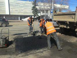 25 апреля ремонт дорог ведётся во всех районах Ульяновска