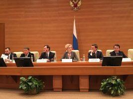 Минстрой России напомнил регионам об их ответственности за исполнение законодательства в сфере ЖКХ