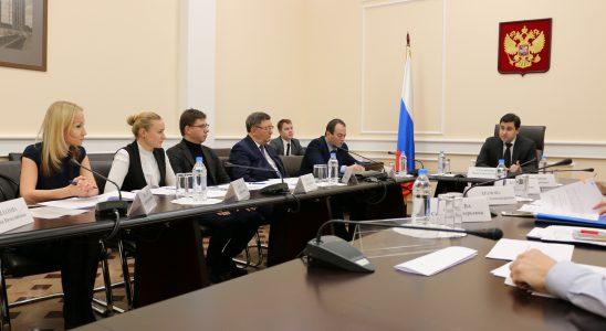 Решение проблем пострадавших дольщиков Москвы обсудили в Минстрое России