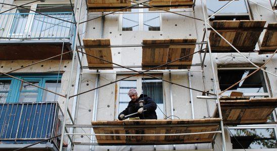 Регионы получат почти миллиард рублей на компенсацию оплаты взносов на капитальный ремонт